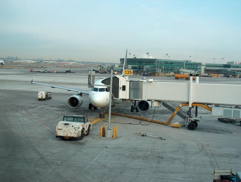 A-320 готовится к отправлению в Виннипег
