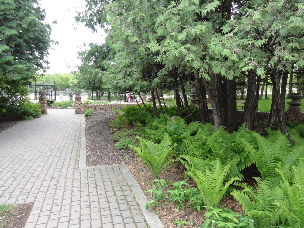 Фотографии Виннипега. Assiniboine Park в мае.